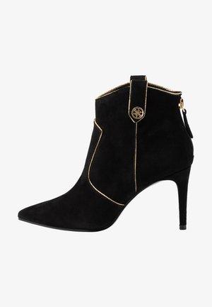 BOSCOE - Boots à talons - black
