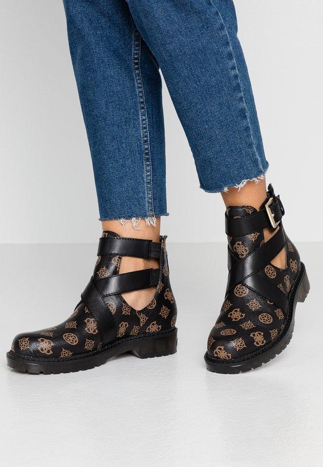 TEIGEN - Korte laarzen - brown/black