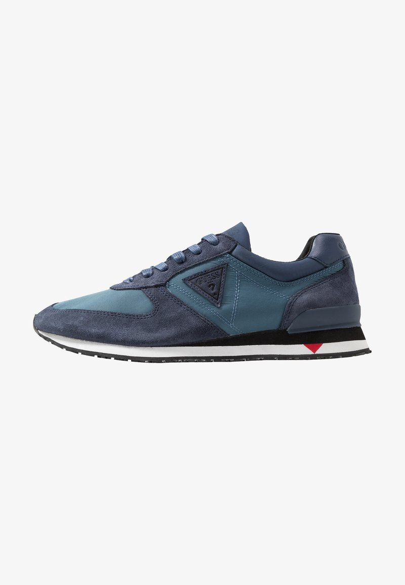Guess - CHAT - Trainers - blue