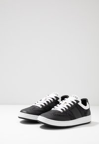 Guess - THOMAS - Sneakers - black - 2