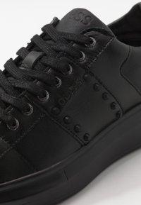 Guess - KEAN - Zapatillas - black - 5