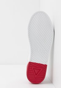 Guess - LUISS - Sneakers basse - white/red - 4