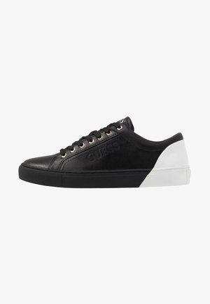 LUISS - Zapatillas - black/white