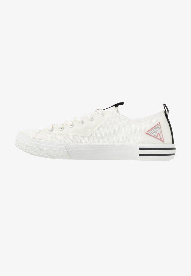 NETTUNO  - Trainers - white