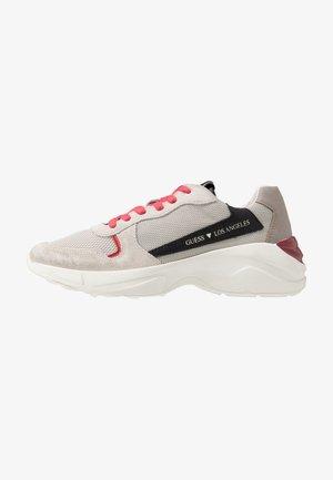 VITERBO - Sneaker low - grey/black