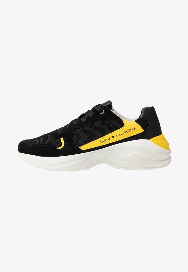 VITERBO - Sneakers laag - black/yellow