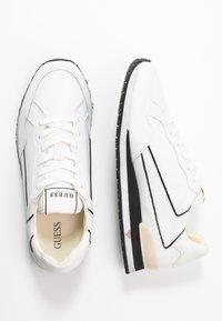 Guess - GENOVA - Sneakers basse - white - 1