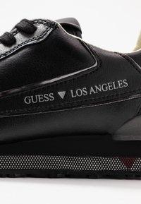 Guess - GENOVA - Sneakersy niskie - black - 5