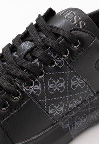 Guess - SALERNO II - Sneakers - black/grey - 5