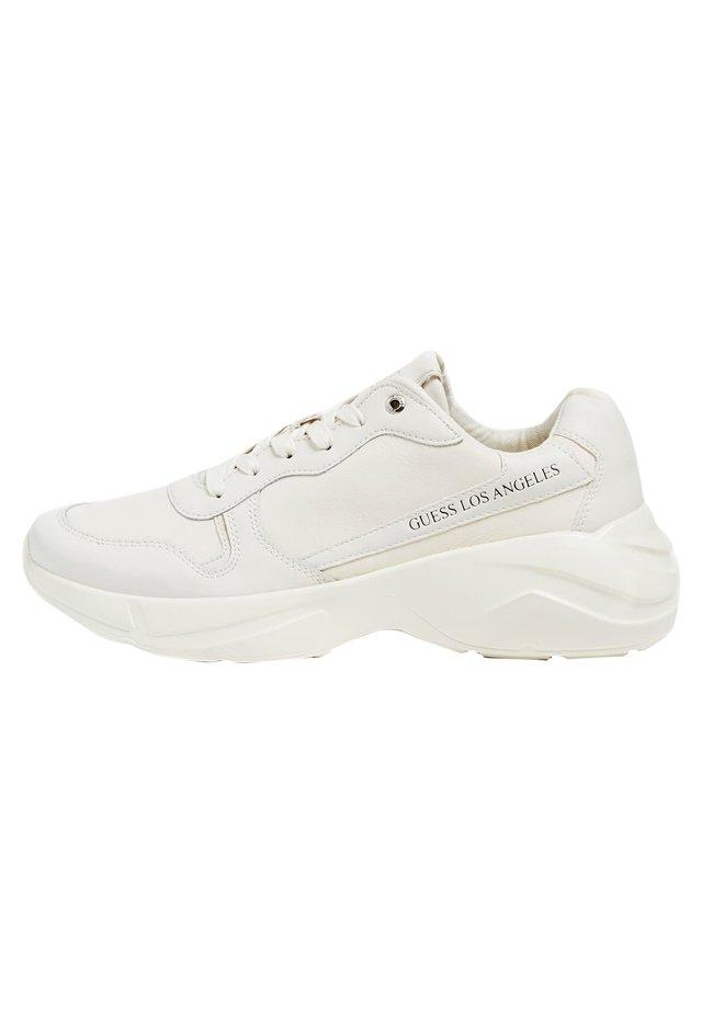 RUNNER VITERBO ECHTES LEDER - Sneakers laag - weiß
