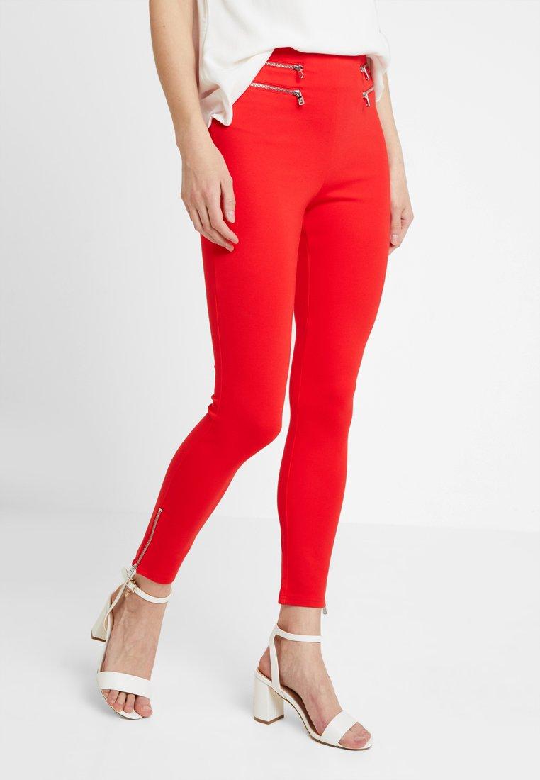 Guess - NAMI PANTS - Bukse - necessary red