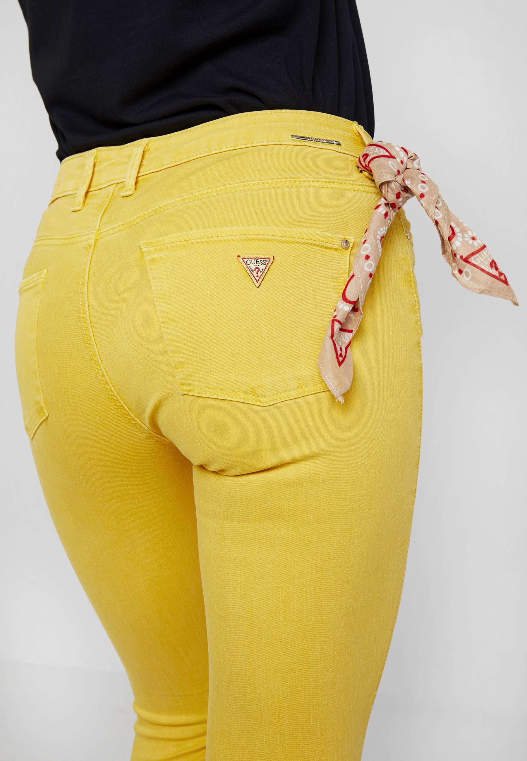 Skinny spicy Guess MIDJeans JEGGING yellow pVLqUGzSM
