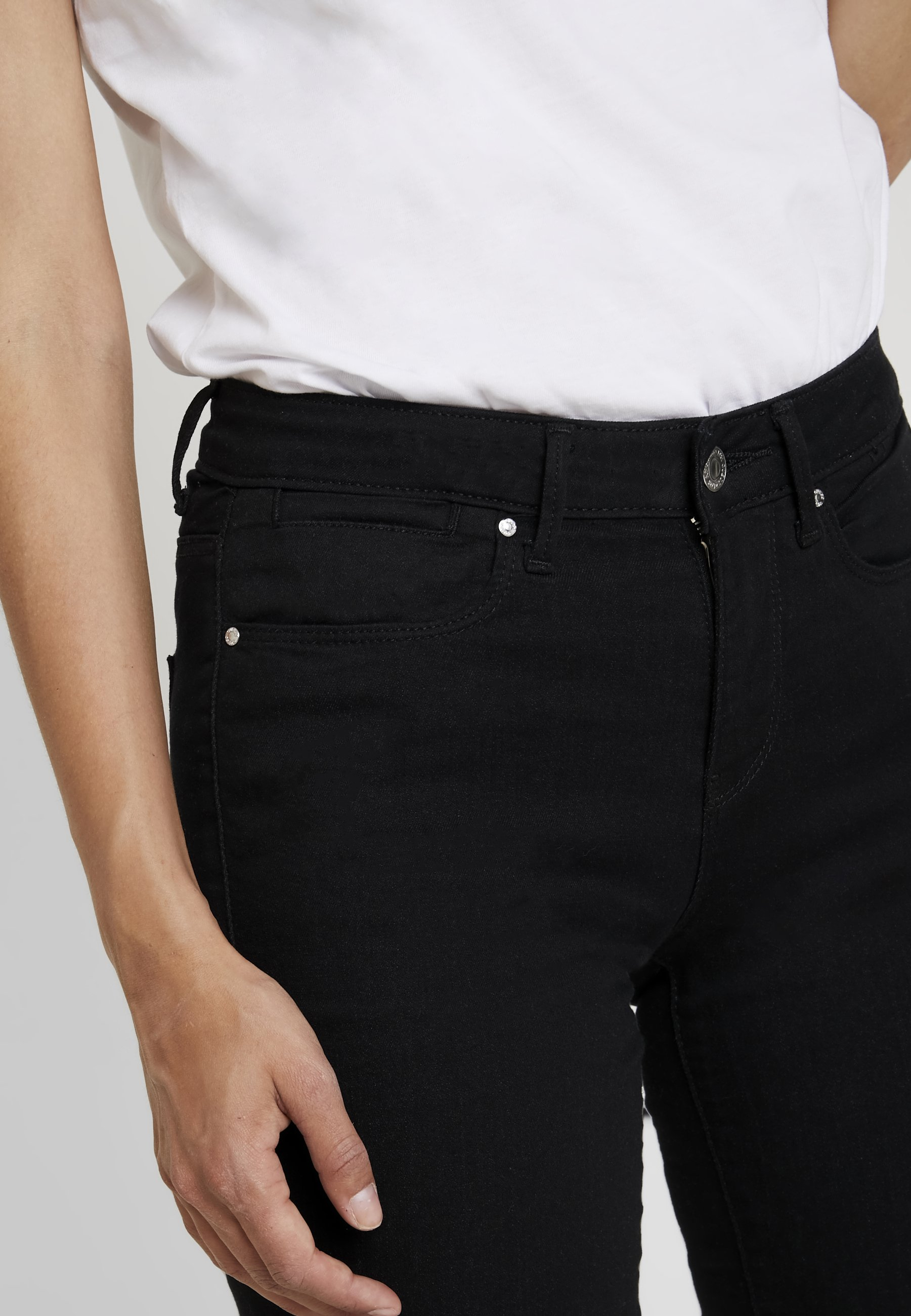 A996 MidJeans Jegging Black Skinny Guess Jet tsCohQxdrB