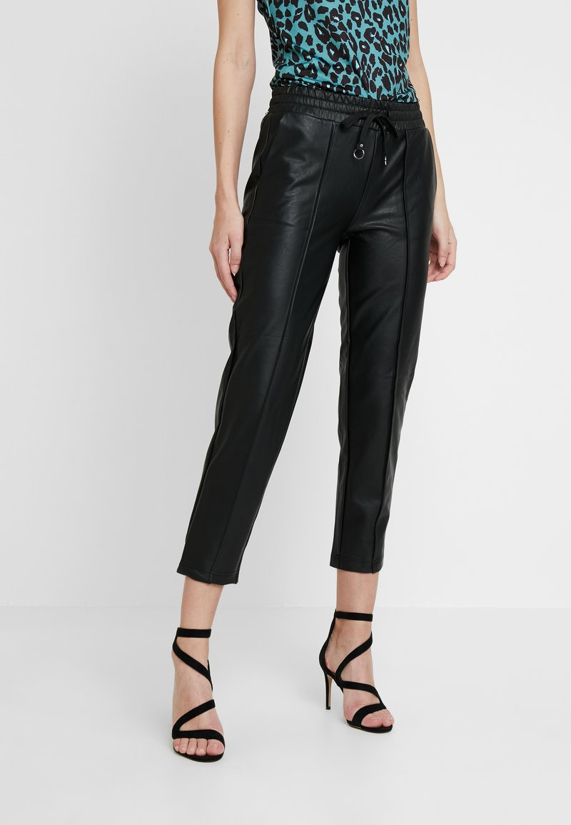 Guess - LUIGIA JOGGER - Pantalones deportivos - jet black