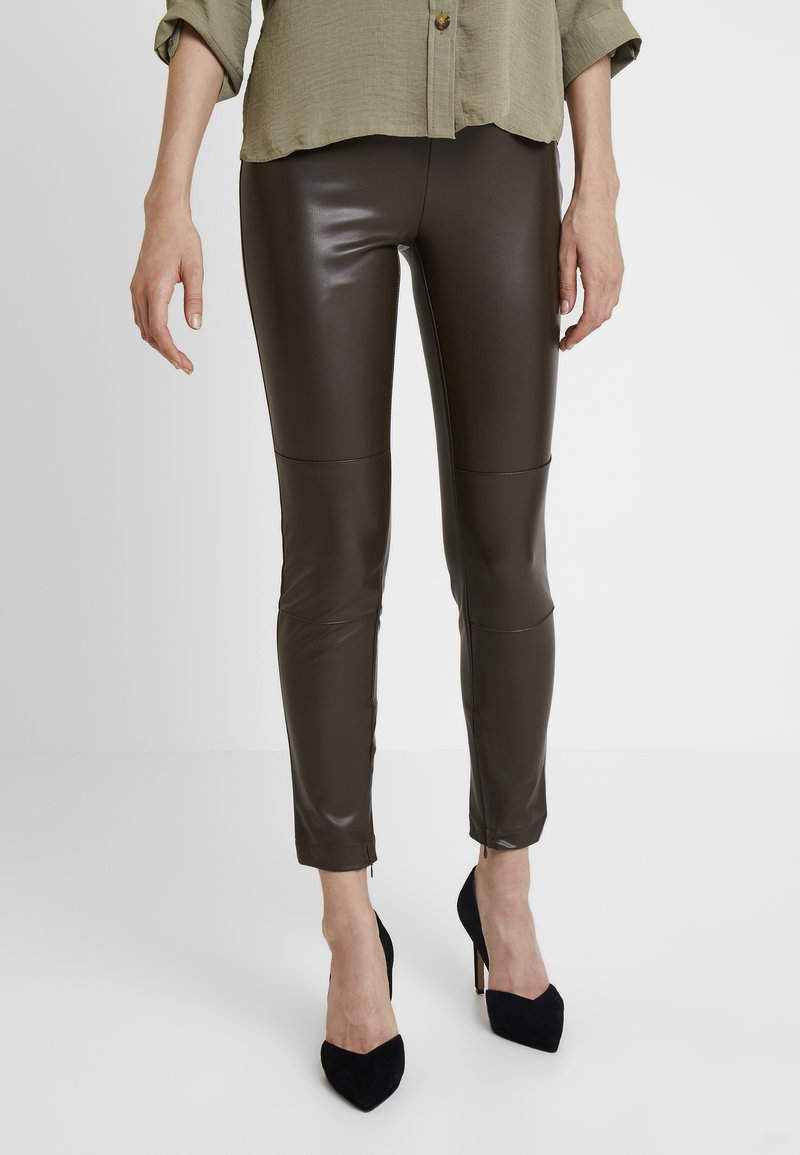 Guess - MAGALI - Leggings - Trousers - olive