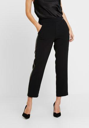 ELEANOR JOGGER - Pantalon classique - jet black