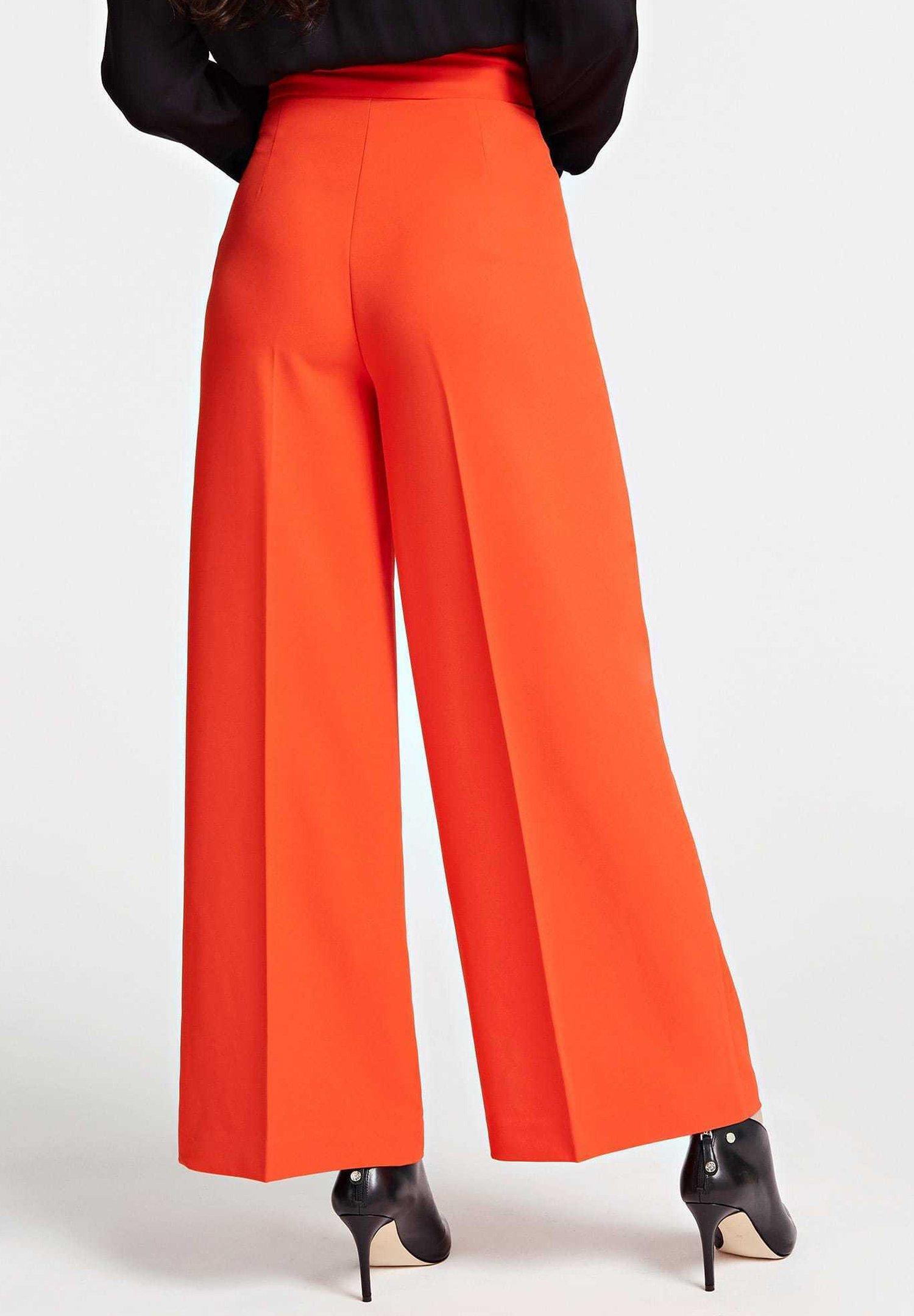 Guess FIT AND FLARE-HOSE - Spodnie materiałowe - orange