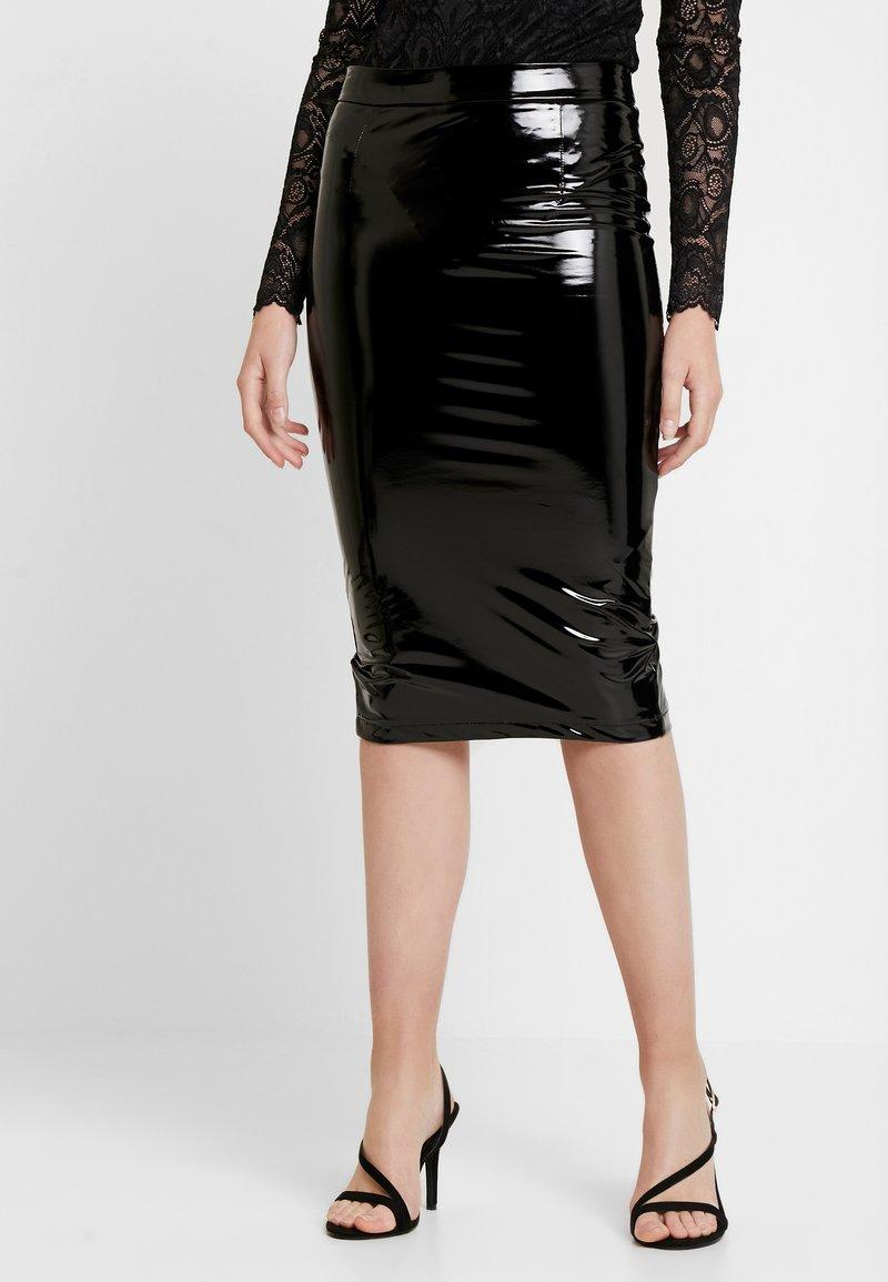 Guess - LILIA SKIRT - Pouzdrová sukně - jet black