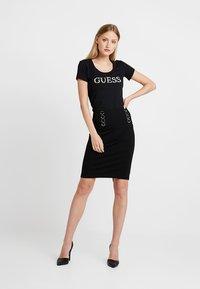 Guess - HEIKE SKIRT - Pencil skirt - jet black - 1