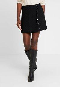 Guess - DOREEN SKIRT - Mini skirt - jet black - 0