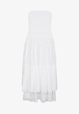 Day dress - true white