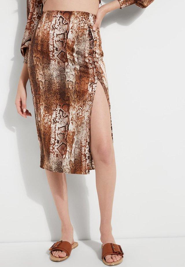 Spódnica trapezowa - animalier