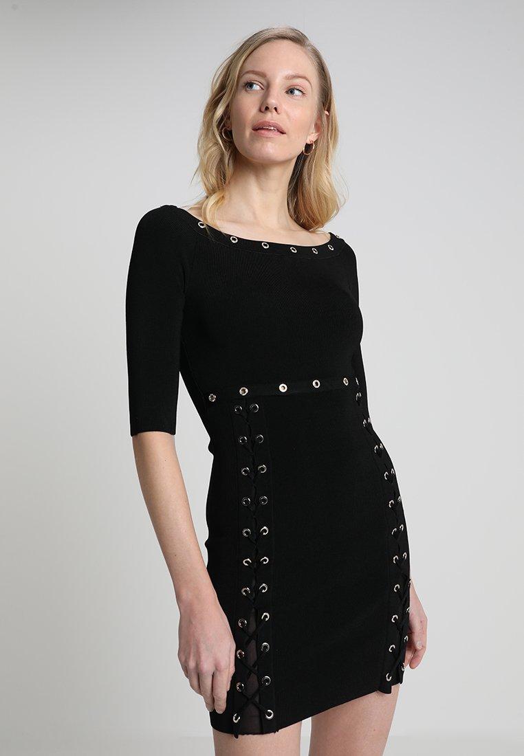 Guess - AMELIE DRESS - Etuikleid - jet black