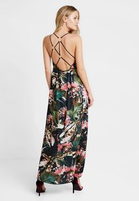 Guess - PAULA DRESS - Maxi-jurk - flower bush pink com - 3