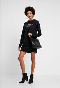 Guess - DRESS - Denní šaty - jet black - 2