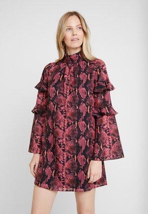 CATHY DRESS - Vapaa-ajan mekko - pink