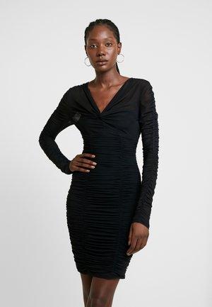 ADRIANNA DRESS - Pouzdrové šaty - jet black