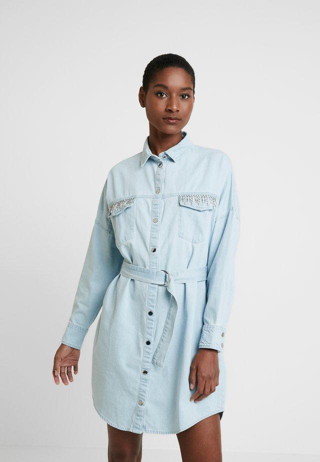 NEW PARISIAN DRESS - Jeanskleid - morningside