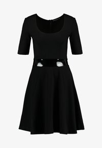 Guess - ERMINA DRESS - Robe en jersey - jet black - 5