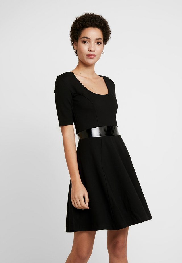 ERMINA DRESS - Jerseyjurk - jet black