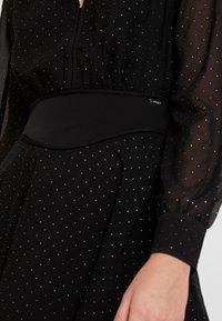 Guess - ISRA DRESS - Denní šaty - jet black - 6