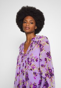 Guess - CORNELIA DRESS - Day dress - purple - 3
