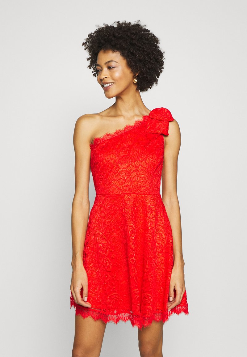 Guess - CELIA DRESS - Vestito elegante - firecracker
