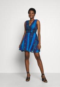 Guess - GINNY DRESS - Day dress - python rock blue - 2