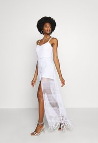 Guess - EMELY DRESS - Maxikjole - blanc pur - 0
