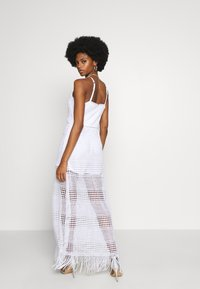 Guess - EMELY DRESS - Maxikjole - blanc pur - 2