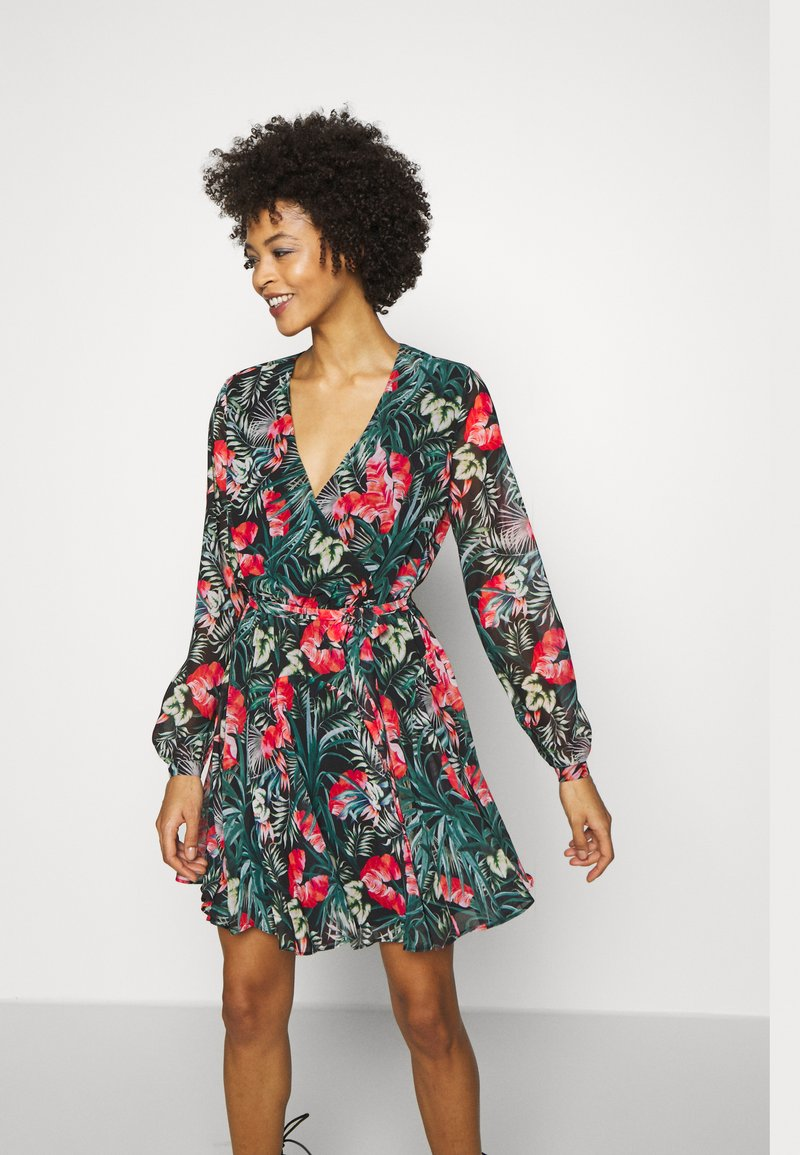 Guess - EULALIA DRESS - Robe d'été - green/black