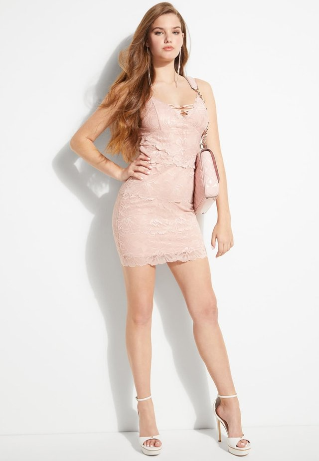 BANDAGE AUS SPITZE - Etui-jurk - mehrfarbe rose