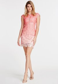 """Guess - """"A$AP ROCKY"""" - Vestito elegante - mehrfarbe rose - 0"""