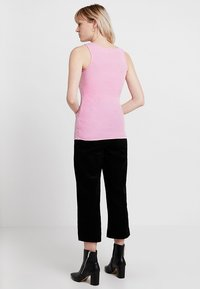 Guess - ORIGINAL TANK - Topper - cold poster pink - 2