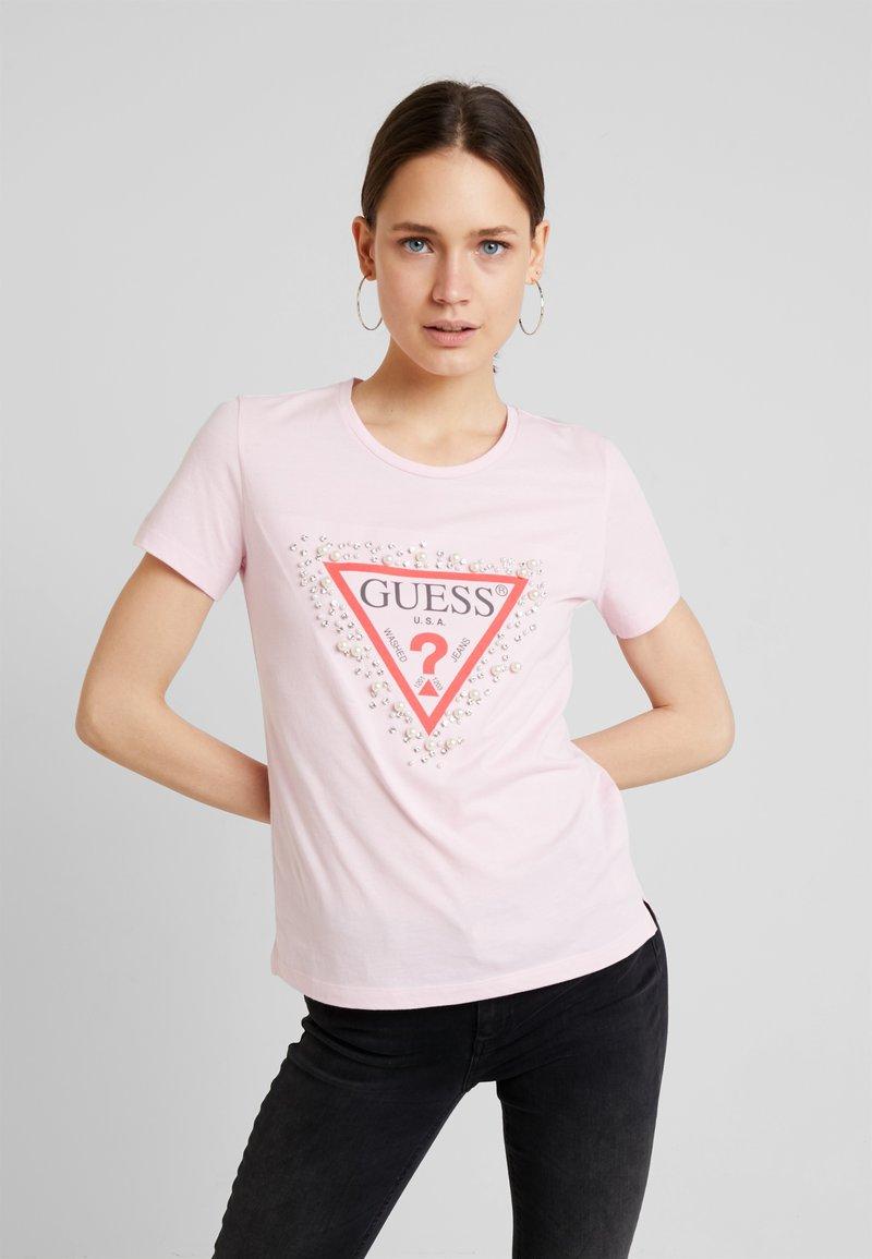 Guess - PEARLS TEE - T-Shirt print - taffy light pink