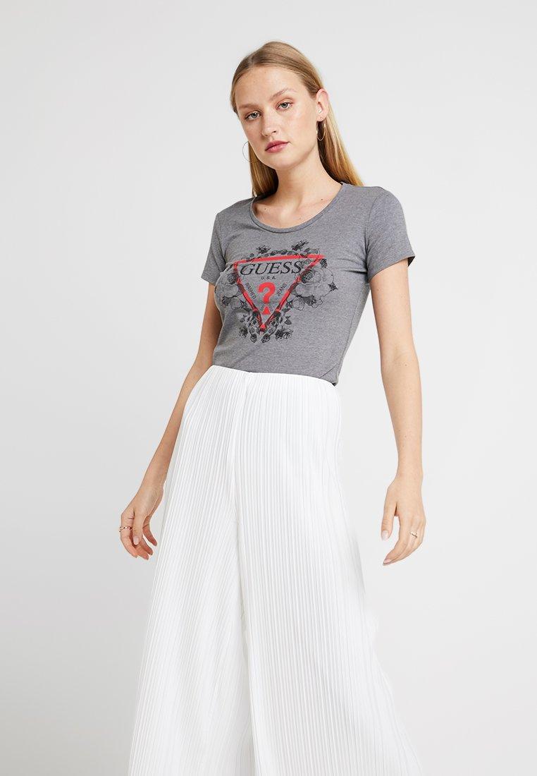 Guess - ROSES TEE - Print T-shirt - medium charcoal heat
