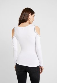 Guess - LEONORA - T-shirt à manches longues - true white - 2