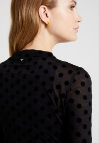 Guess - ALANIS - Long sleeved top - black - 4