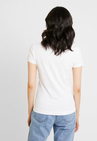 Guess - Camiseta básica - true white - 2