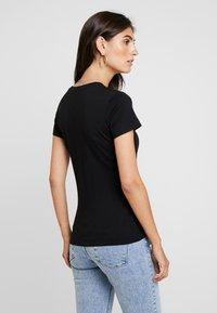Guess - ICON - T-shirt print - jet black - 2
